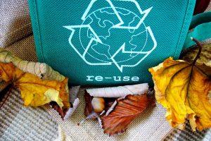 Le recyclage de vieux vêtements