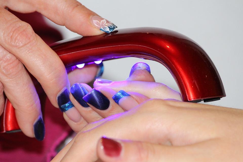 lampe UV ongle